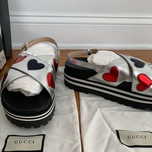 GUCCI Flat Sunrise Leather Platform Sandal (11)